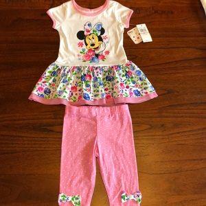 NWT Disney Minnie outfit